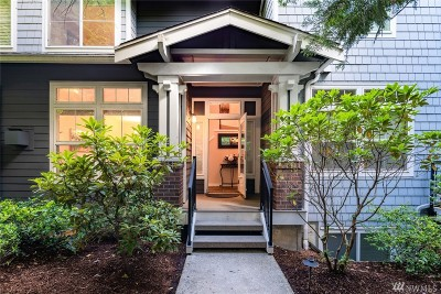 Kirkland Condo/Townhouse For Sale: 8724 123 Lane NE
