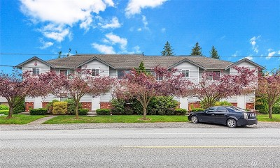 Everett Multi Family Home For Sale: 6411 Broadway