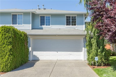 Everett Condo/Townhouse For Sale: 2533 123rd Place SW #B