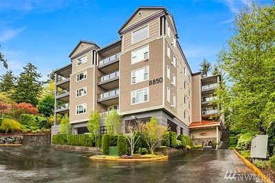 Redmond Condo/Townhouse For Sale: 8850 Redmond Woodinville Rd NE #404