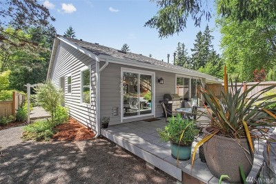 Gig Harbor Condo/Townhouse For Sale: 2105 14th Ave NW #B
