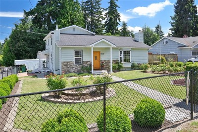 Shoreline Single Family Home For Sale: 20122 Fremont Ave N