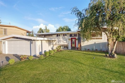 Des Moines Single Family Home For Sale: 1803 S 233rd St