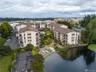 Seattle Condo/Townhouse For Sale: 13201 Linden Ave N #A409