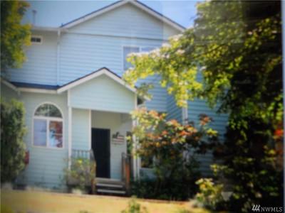 Lacey Condo/Townhouse For Sale: 6301 Stockton Lane SE #3