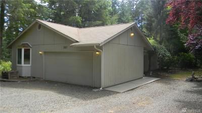 Belfair Single Family Home For Sale: 560 NE Mathew Dr