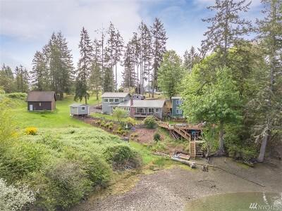 Single Family Home For Sale: 752 E Stretch Island Road S