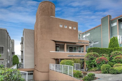 Seattle Condo/Townhouse For Sale: 2851 14th Ave W #202