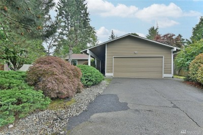 Bothell Single Family Home For Sale: 2527 173rd Place SE