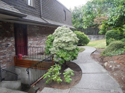 Lynnwood Condo/Townhouse For Sale: 5233 188th St SW