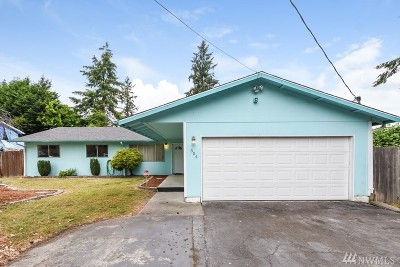 Seattle Single Family Home For Sale: 504 SW 118th St
