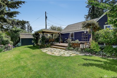 University Place Single Family Home Contingent: 6905 44th St W