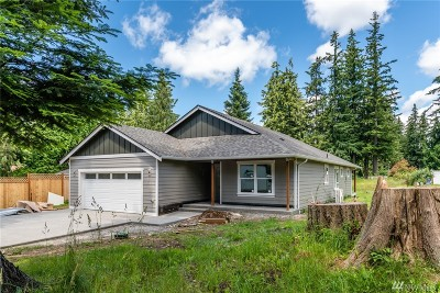 Stanwood Single Family Home For Sale: 8227 319th St NW