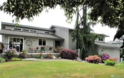 Everett Single Family Home For Sale: 1011 Temple Dr
