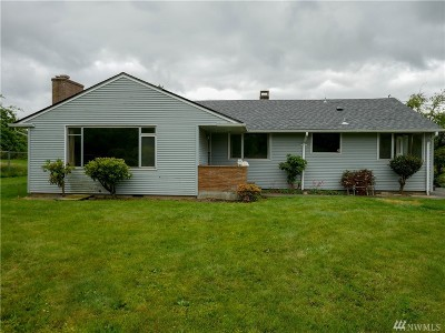 Tacoma Single Family Home For Sale: 3806 104th St E St E
