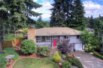 Bellevue Single Family Home For Sale: 15404 SE 44th Place