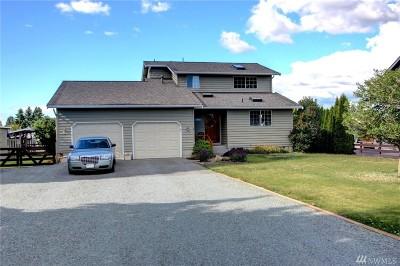 Mount Vernon Single Family Home For Sale: 17065 Avon St