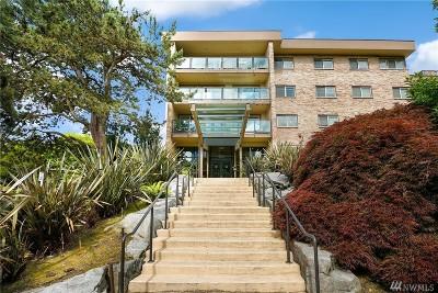 Bellevue Condo/Townhouse For Sale: 511 100th #202