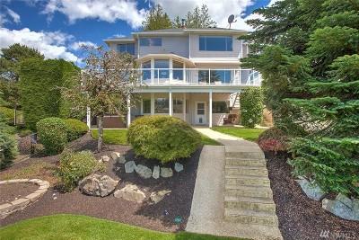 Lynnwood Single Family Home For Sale: 15514 E Shore Dr