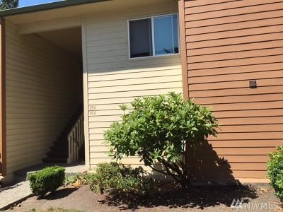 Kent Condo/Townhouse For Sale: 23609 SE 112th Ave SE #C 106