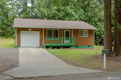 Port Orchard Single Family Home For Sale: 141 Shamrock Lane