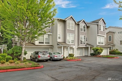 Mukilteo Condo/Townhouse For Sale: 5500 Harbour Pointe Blvd #N103