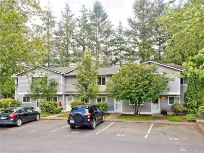 Bothell Condo/Townhouse For Sale: 1526 192 St SE #P3
