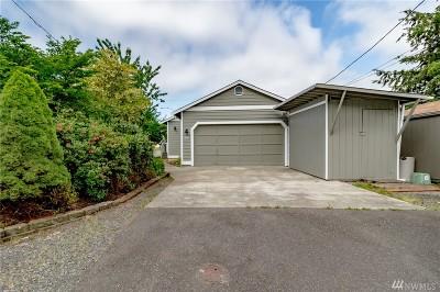 Everett Single Family Home For Sale: 2133 Chestnut St