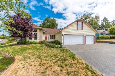 Oak Harbor Single Family Home For Sale: 1124 SW Kalama Lp