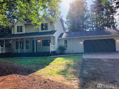 Belfair Single Family Home For Sale: 171 E Heights Place N