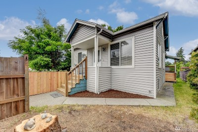 Seattle Single Family Home For Sale: 8445 Delridge Wy SW