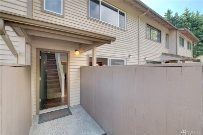 Kent Condo/Townhouse For Sale: 20912 114th Place SE #20