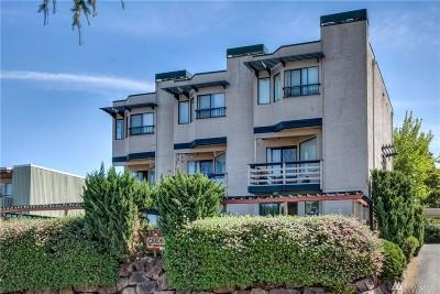 Edmonds Condo/Townhouse For Sale: 1067 5th Ave S #102