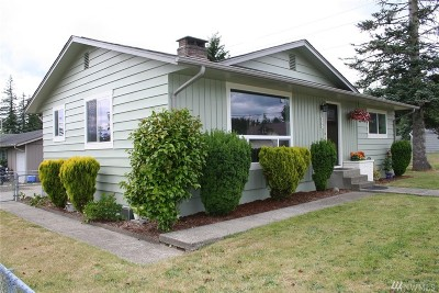 Elma Single Family Home For Sale: 305 N 15th St