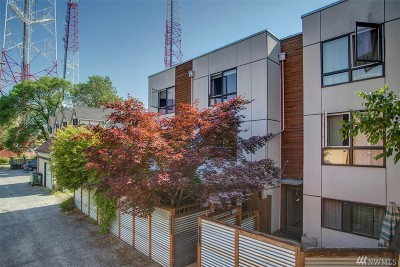 Seattle Single Family Home For Sale: 1521 18th Ave #B