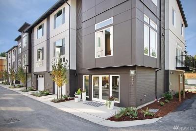 Bellevue Condo/Townhouse For Sale: 1542 139th Lane NE