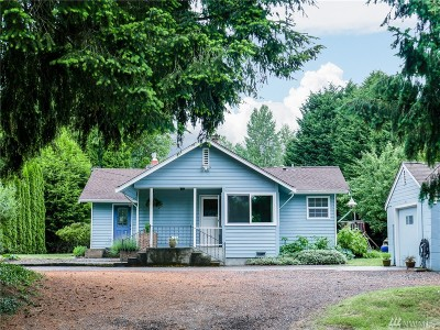 Bothell Single Family Home For Sale: 915 207th Place SE
