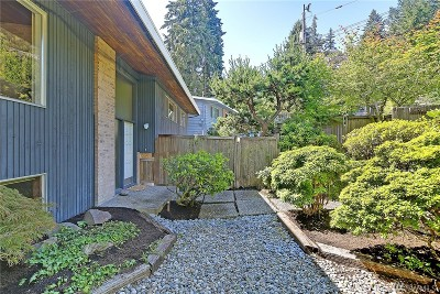 Shoreline Single Family Home For Sale: 18422 16th Ave NE