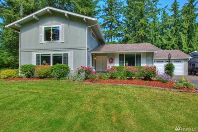 Enumclaw Single Family Home For Sale: 39425 Ave SE