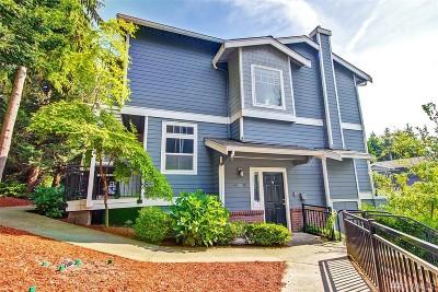 Kirkland Condo/Townhouse For Sale: 8908 123rd Lane NE