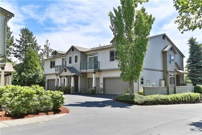 Issaquah Condo/Townhouse For Sale: 4412 248th Lane SE #4412