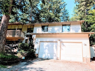 Redmond Single Family Home For Sale: 2011 180th Ct NE