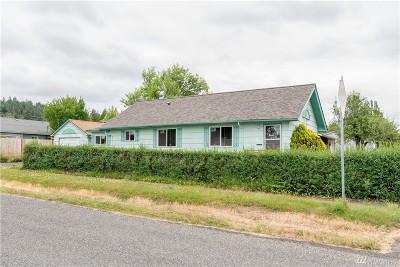 Chehalis Single Family Home For Sale: 818 SW McFadden Ave
