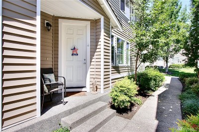 Dupont Condo/Townhouse For Sale: 2085 Bob's Hollow Lane #A
