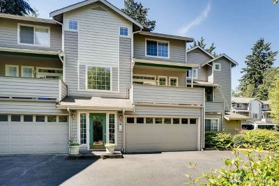 Edmonds Condo/Townhouse For Sale: 14714 53rd Ave W #105