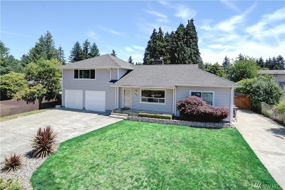 University Place Single Family Home For Sale: 3771 Sunset Dr W