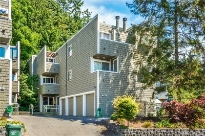 Seattle Condo/Townhouse For Sale: 4118 58th Place SW #A