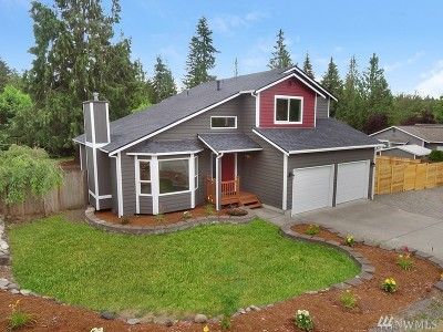 Bonney Lake WA Single Family Home Contingent: $375,000