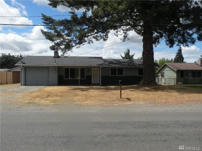 Spanaway Single Family Home For Sale: 16616 A St
