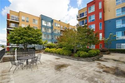 Everett Condo/Townhouse For Sale: 2824 Grand Ave #A505